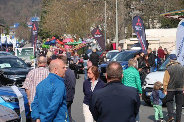 Galerie: Frühlingsfest mit Autoschau 2019 » Handwerk und Gewerbe in Königstein :: HGK » Handel in der Kurstadt